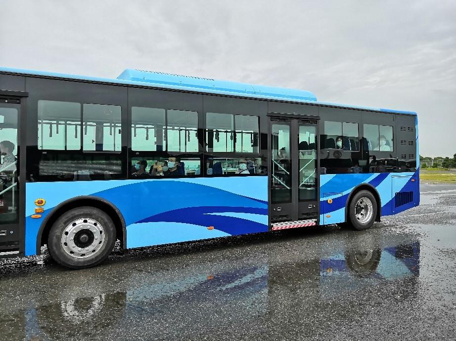 #バステクフォーラム @舞洲 #電気バス #ev _a0004752_15002792.jpg