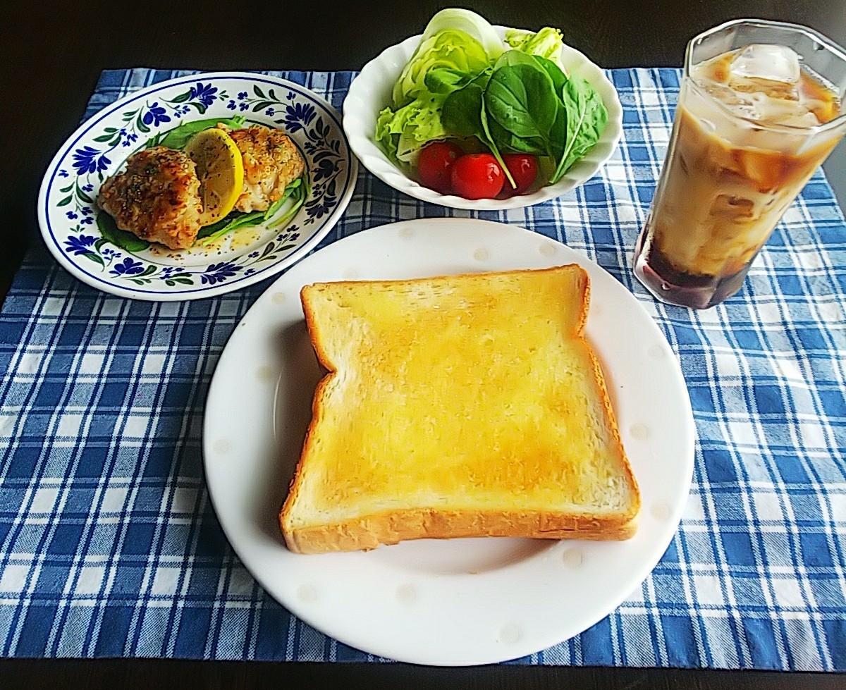朝ごはん_c0365925_10273218.jpg