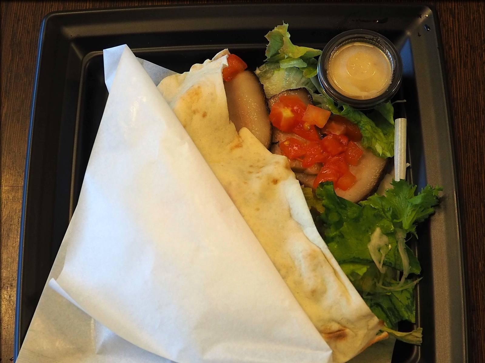 RITROVO (リトローボ)でピタパンをテイクアウト@水天宮前_b0054329_09193093.jpg