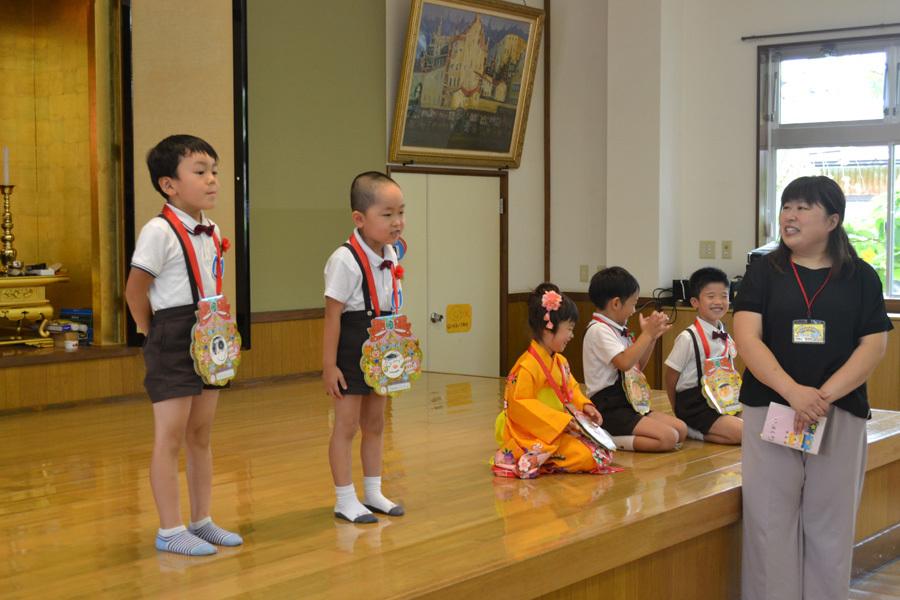 上宮第二幼稚園のお誕生会でした。_d0353789_11530573.jpg