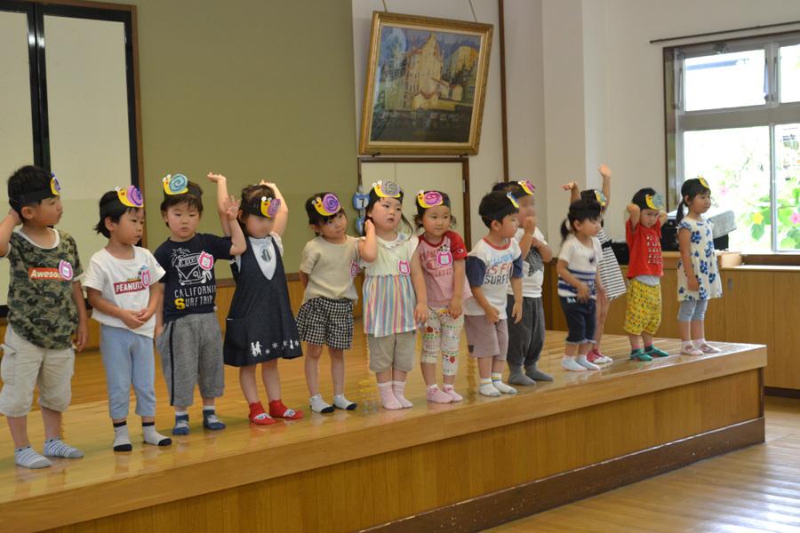 上宮第二幼稚園のお誕生会でした。_d0353789_11532066.jpg