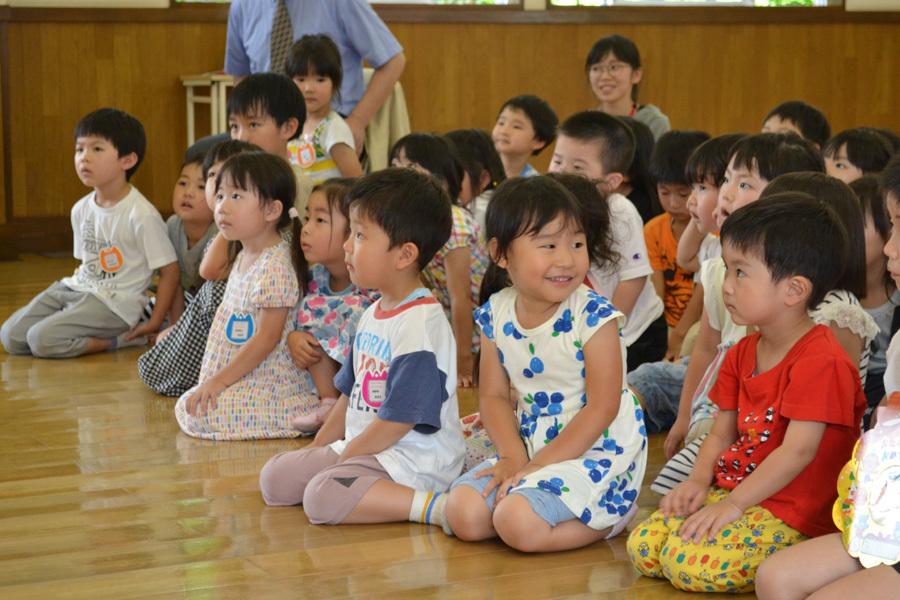上宮第二幼稚園のお誕生会でした。_d0353789_11534497.jpg