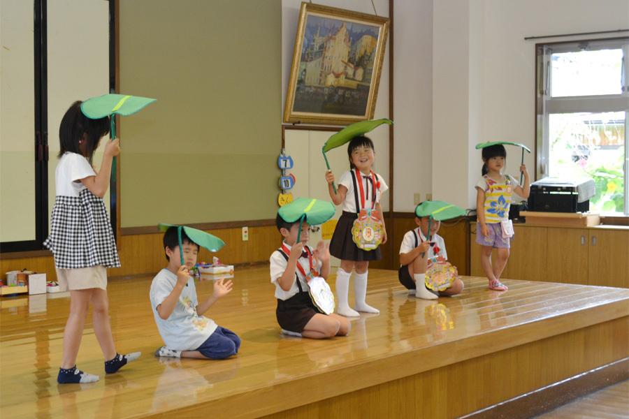 上宮第二幼稚園のお誕生会でした。_d0353789_11535104.jpg