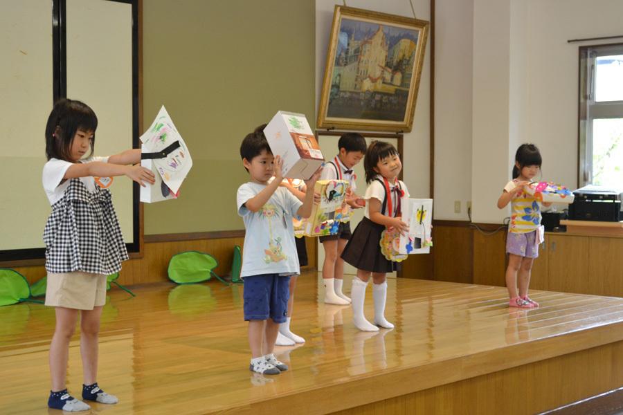 上宮第二幼稚園のお誕生会でした。_d0353789_11535890.jpg