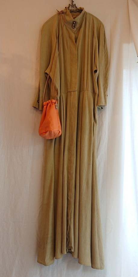 Chanel tweed reversible drawstring bag :2_f0144612_12442650.jpg