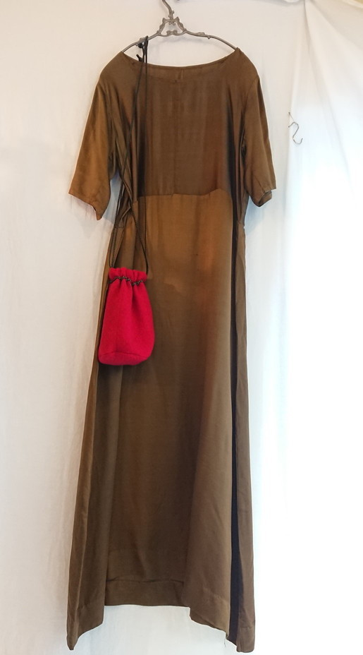 Chanel tweed reversible drawstring bag :3_f0144612_13015156.jpg