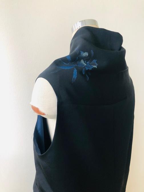 着物着物リメイク/羽織からロングジレ_d0127925_10402558.jpg
