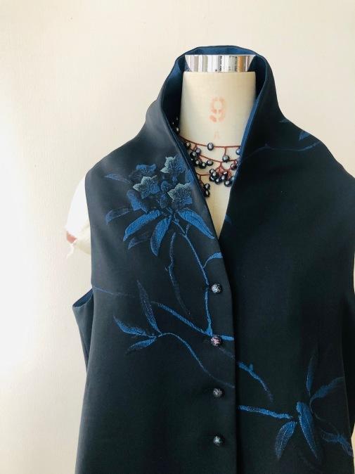 着物着物リメイク/羽織からロングジレ_d0127925_10403258.jpg
