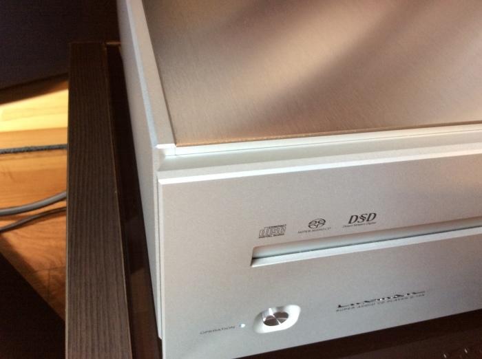 LUXMAN(ラックスマン)のSACD/CDプレーヤーのフラグシップ D-10X を試聴いたしました。_b0292692_14352208.jpg