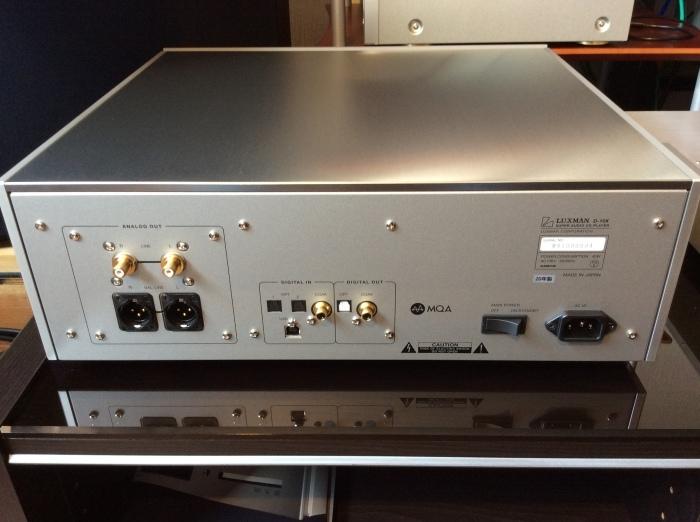LUXMAN(ラックスマン)のSACD/CDプレーヤーのフラグシップ D-10X を試聴いたしました。_b0292692_14352384.jpg