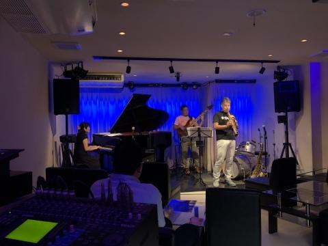 Jazzlive Cominジャズライブカミン  広島 本日7月15日水曜日はセッション勉強会です_b0115606_12084745.jpeg
