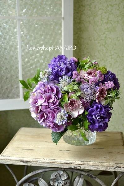お誕生日のお祝いにアンティークあじさいを使った花束。_e0375748_17552089.jpg