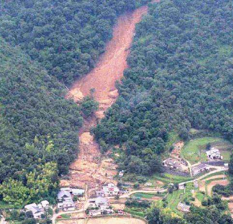 10年前の豪雨災害2_e0175370_09265768.jpg