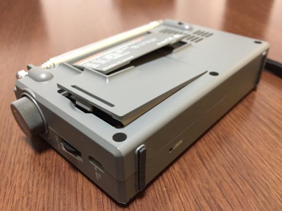 BL-5C電池また膨張_c0077964_19261559.jpg