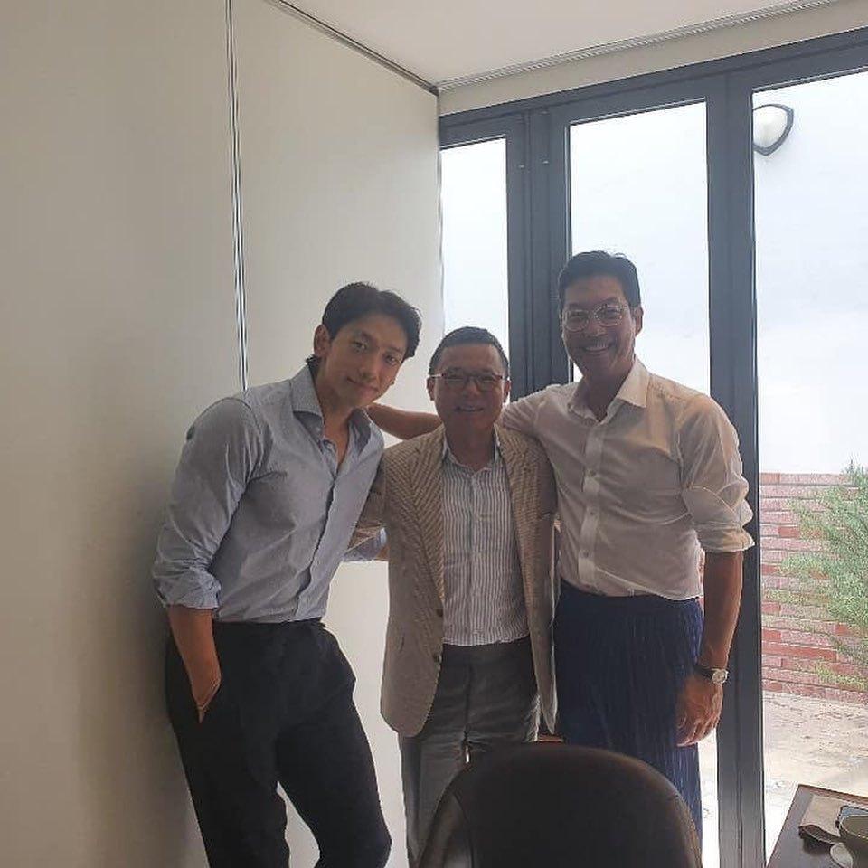 パク・ソジュンとイ・ジョンソクが口を揃えてあげるロールモデルの正体_c0047605_07373849.jpg