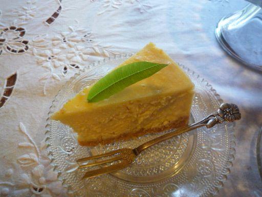 チーズケーキを焼いて・・♪_d0147611_12303685.jpg