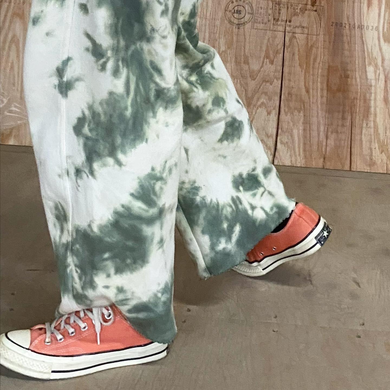 お気に入りのズボン生まれ変わってウキウキの加藤です!_a0114816_14444403.jpg