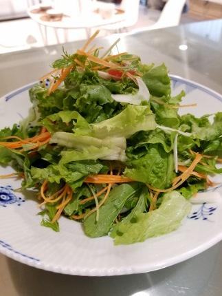 オーガニックサラダ、野菜のお店 新店_b0122805_15365020.jpg