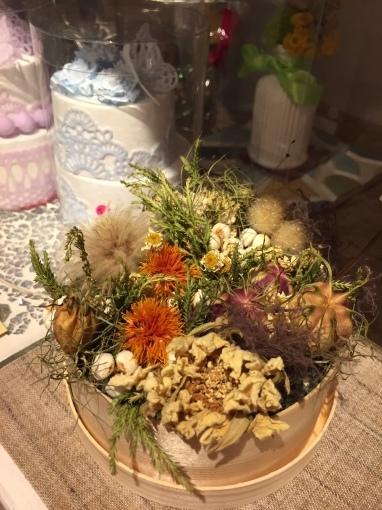入荷しました~ガーデン雑貨販売と外構工事の広島市佐伯区楽樹工房_f0205854_16233573.jpg