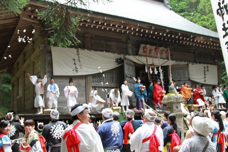 回想の大出早池峯神社例祭_c0337257_12055364.jpg