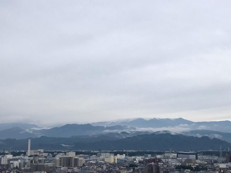 おはよう丹沢!ふんわり雲に包まれて_c0212604_610286.jpg