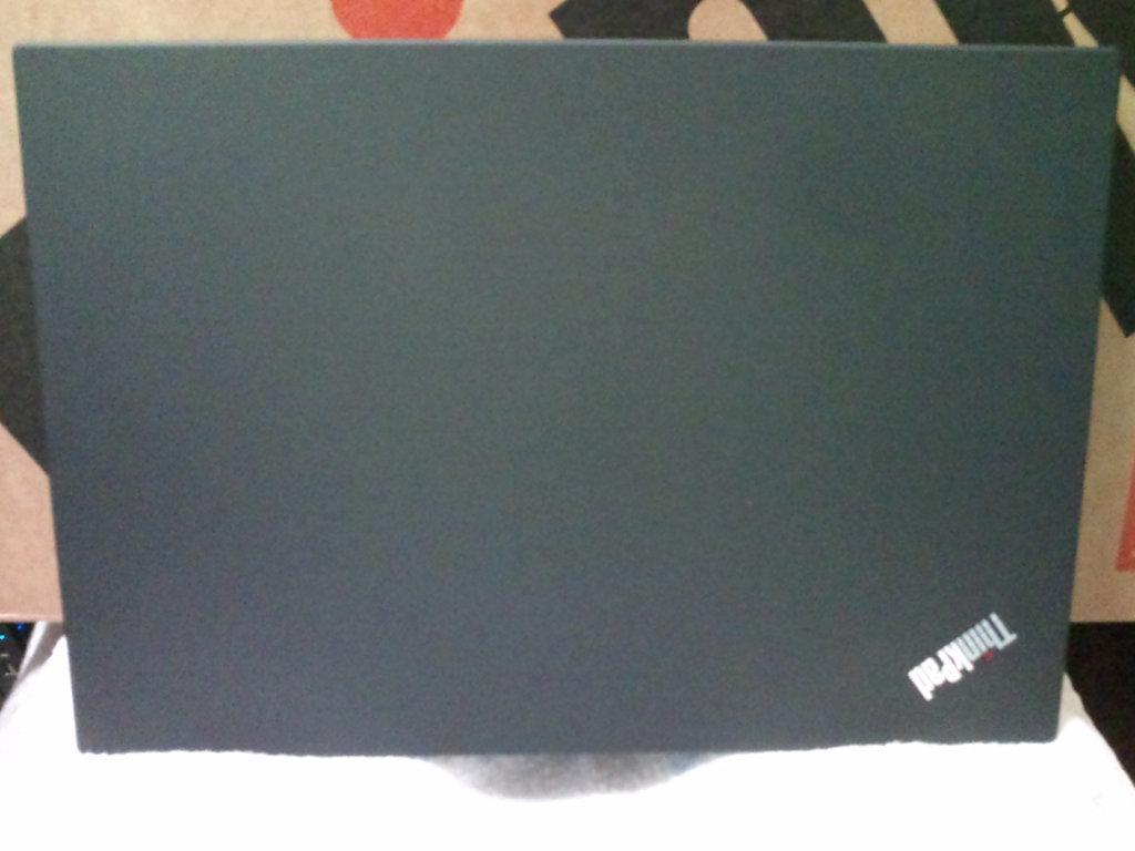 新しいノートパソコン の ThinkPad T14 Gen1 (AMD) を開封する。_b0003577_13315288.jpg