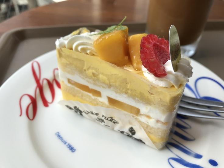マンゴーのショートケーキ@キャフェ・クリムト(立川)_c0212604_8275520.jpg