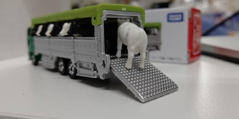 運搬車を購入しました_c0126281_13250986.jpg