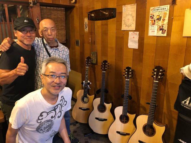 おっさんギター会、「良く」鳴るよりも「善く」鳴る楽器を。_a0334793_13355714.jpg