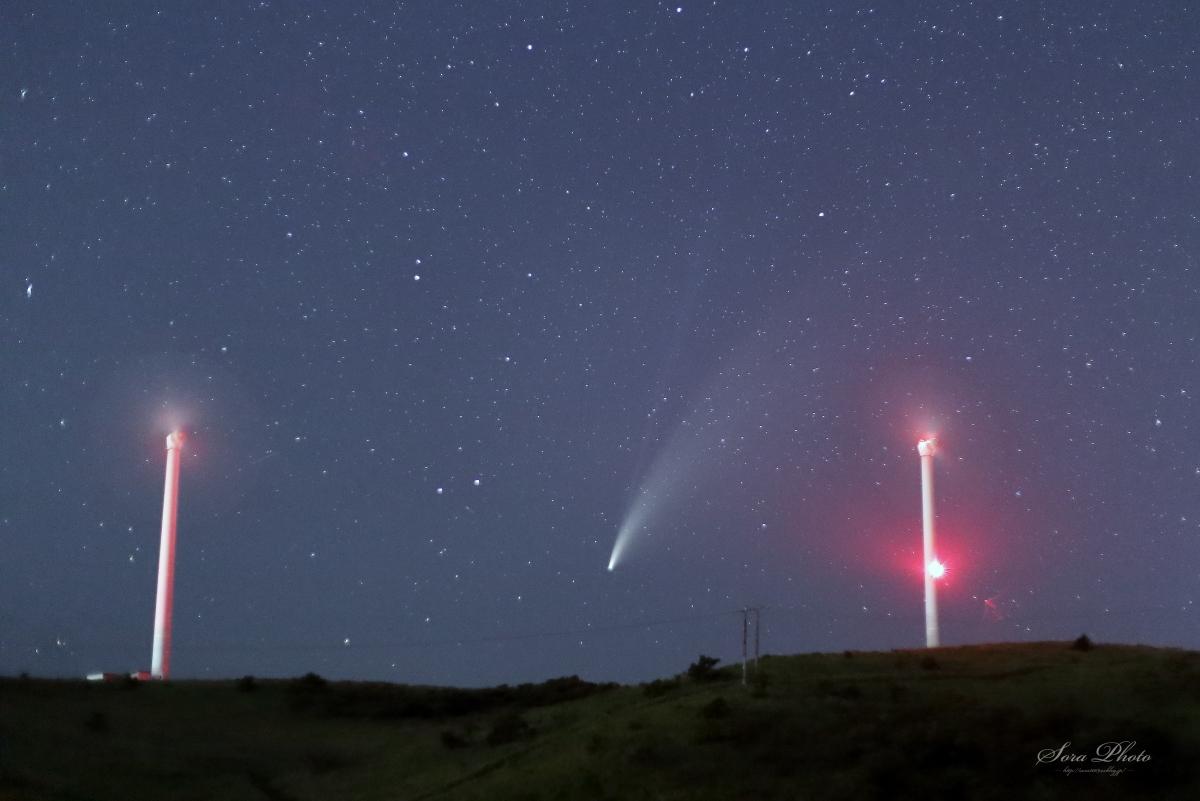ネオワイズ彗星_b0167798_01040511.jpg
