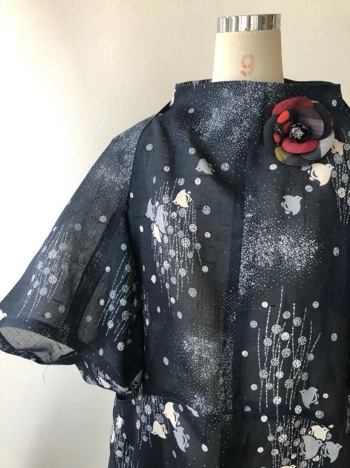 着物着物リメイク/麻のお着物からワンピースとボレロ_d0127925_11593956.jpg