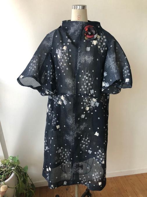 着物着物リメイク/麻のお着物からワンピースとボレロ_d0127925_12000510.jpg