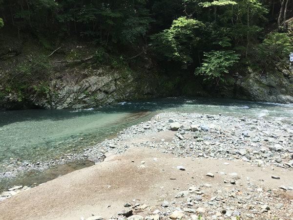 川に行ってきまちた!_c0110361_16372118.jpg