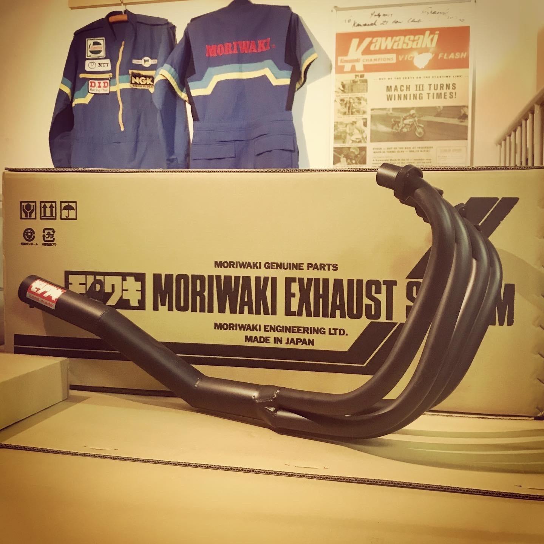 モリワキ Z400FX 復刻手曲げショート管 今回分も残り少なくなってきました。_d0246961_11580363.jpg