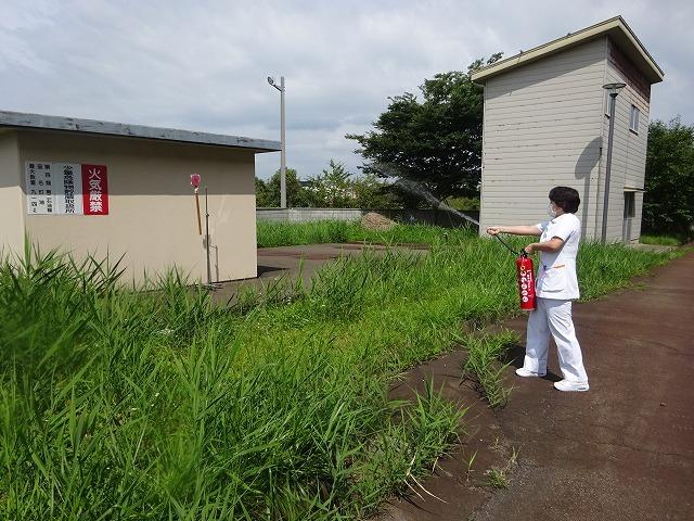 避難訓練のあとに消火訓練を実施しました!_b0393105_14540729.jpg