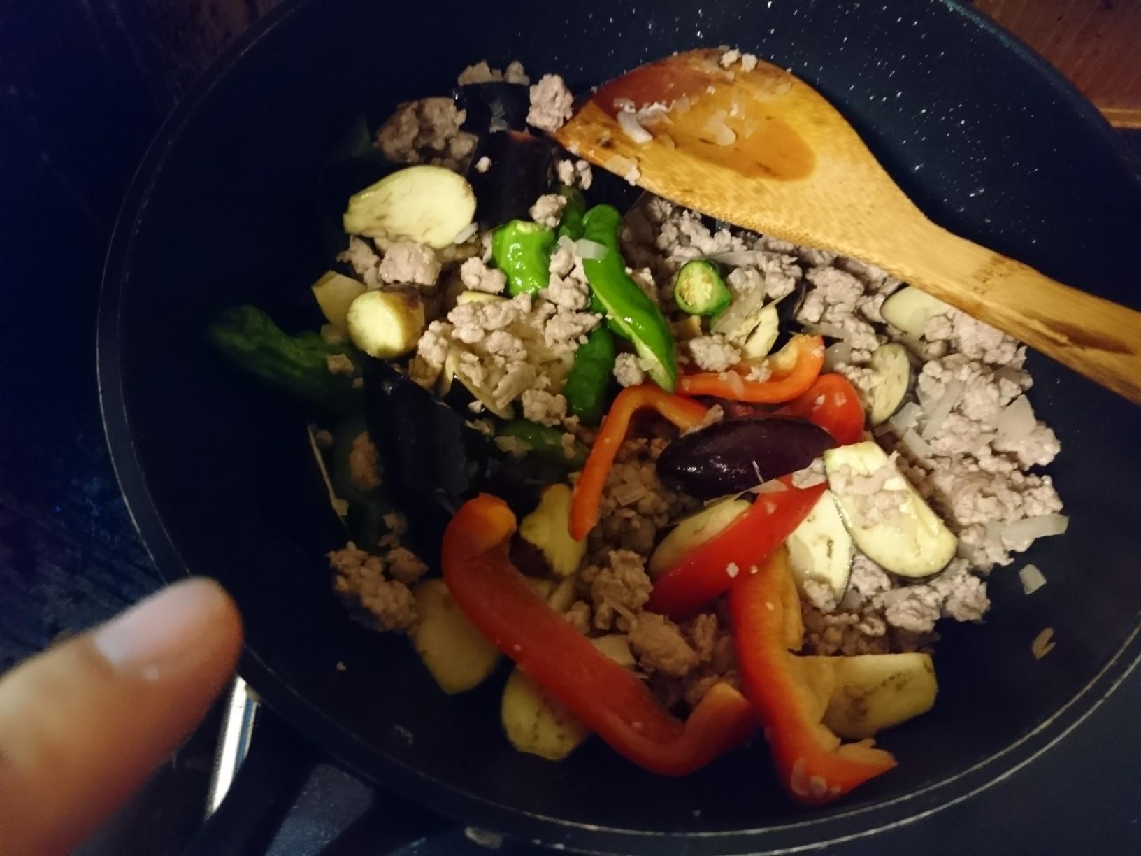 夏野菜カレー_d0256914_20062356.jpg