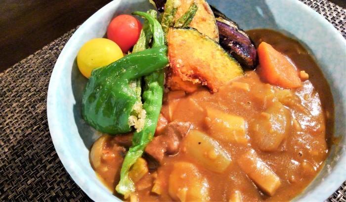 ■昼ご飯【夏野菜のカレー 今回竹の子も沢山入れてます♪】_b0033423_21004642.jpg