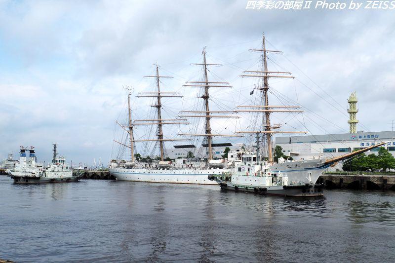 帆船海王丸、横浜港新港ふ頭より出航!_d0358854_23455651.jpg