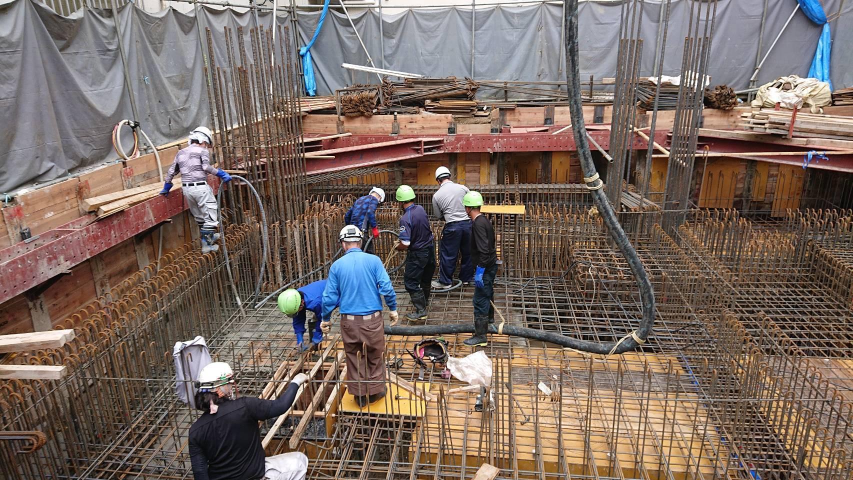 建築施工-コンクリート打設_e0254682_11112517.jpg