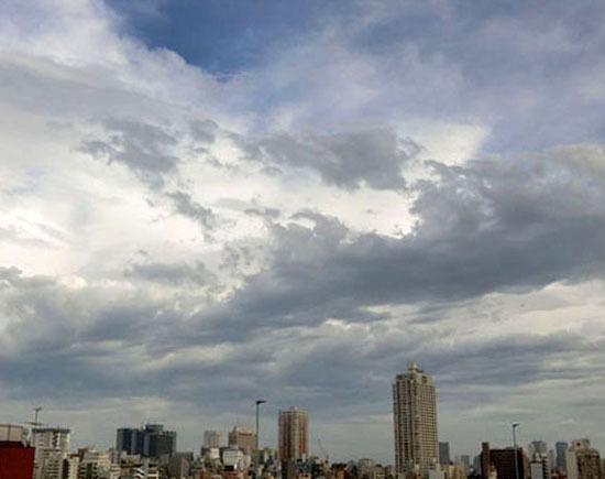 夕刻の梅雨空_b0255303_17011121.jpg