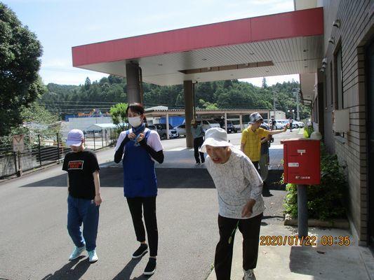 7/22 散歩_a0154110_08434219.jpg