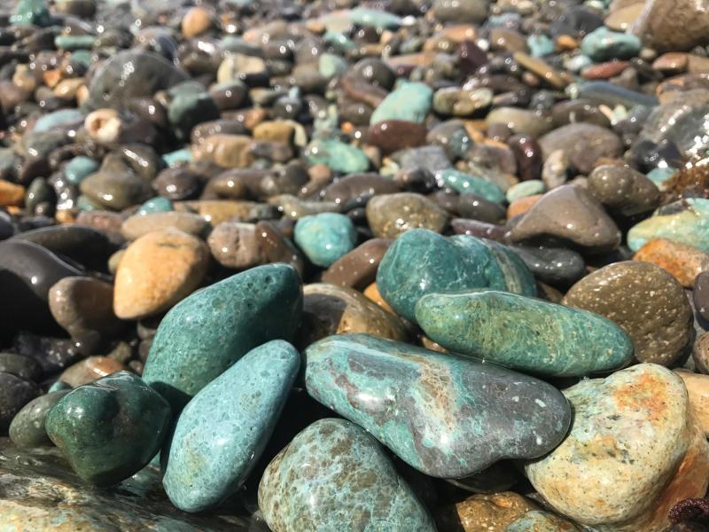 【海で拾った石】 十二石「海」_f0169147_16204216.jpg