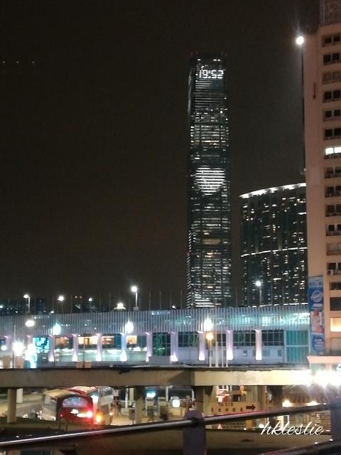 幻彩詠香江A Symphony of Lightsを待って_b0248150_05320813.jpg