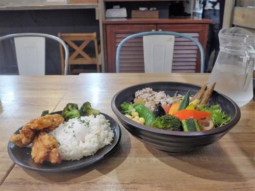 吉祥寺「Rojiura Curry SAMURAI.」へ行く。_f0232060_18101761.jpg