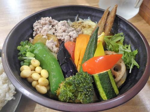 吉祥寺「Rojiura Curry SAMURAI.」へ行く。_f0232060_18103096.jpg