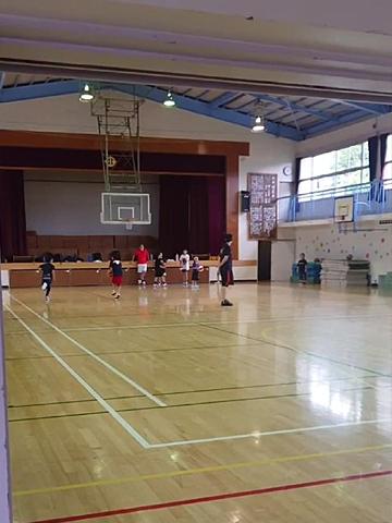 4連休はバスケ練習!一人っ子の親でよかったのかも!って思った瞬間_d0169072_22323960.jpg