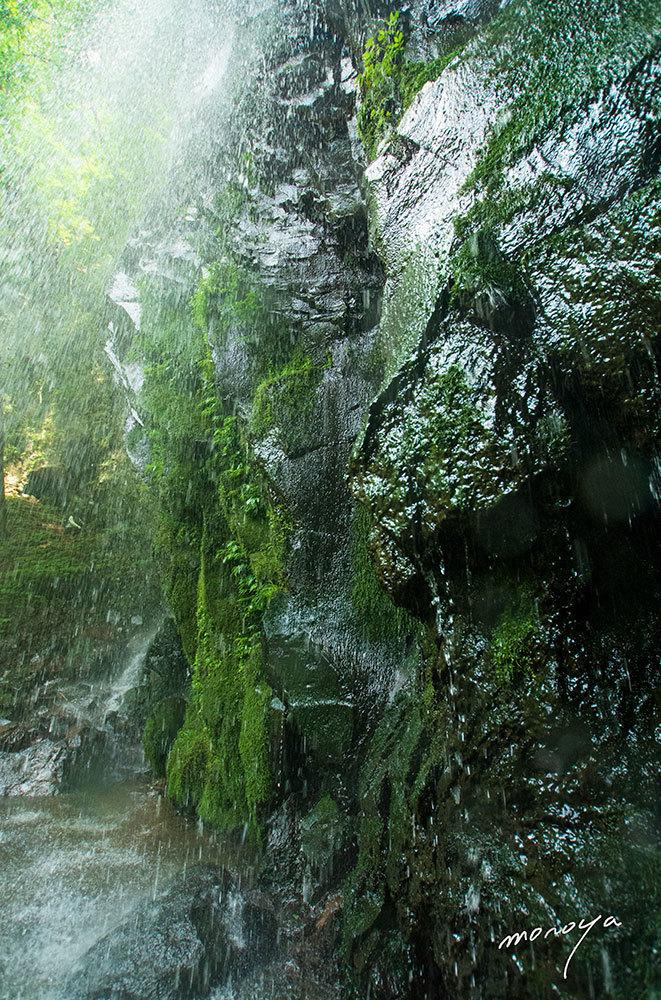 夏の滝_c0085877_05102626.jpg
