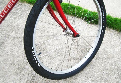 CADET タイヤ交換_b0170184_07263170.jpg