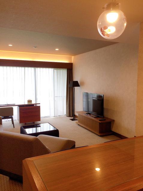 ホテルアナガ 淡路島 バーカウンターのある部屋_e0374912_15141018.jpg