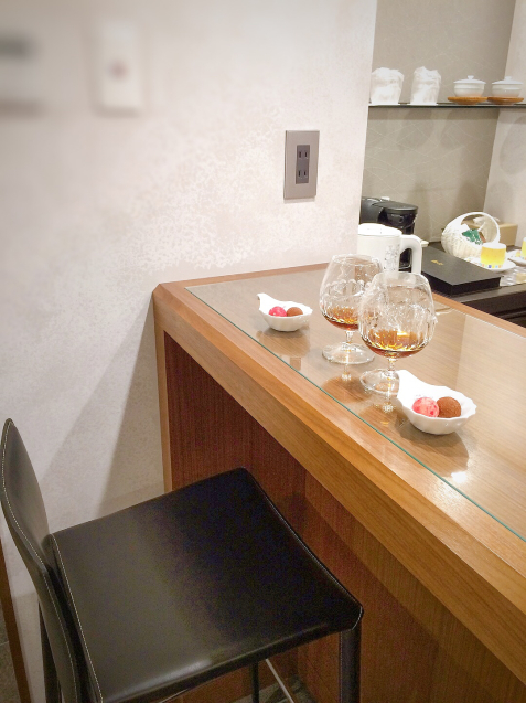 ホテルアナガ 淡路島 バーカウンターのある部屋_e0374912_15150541.jpg